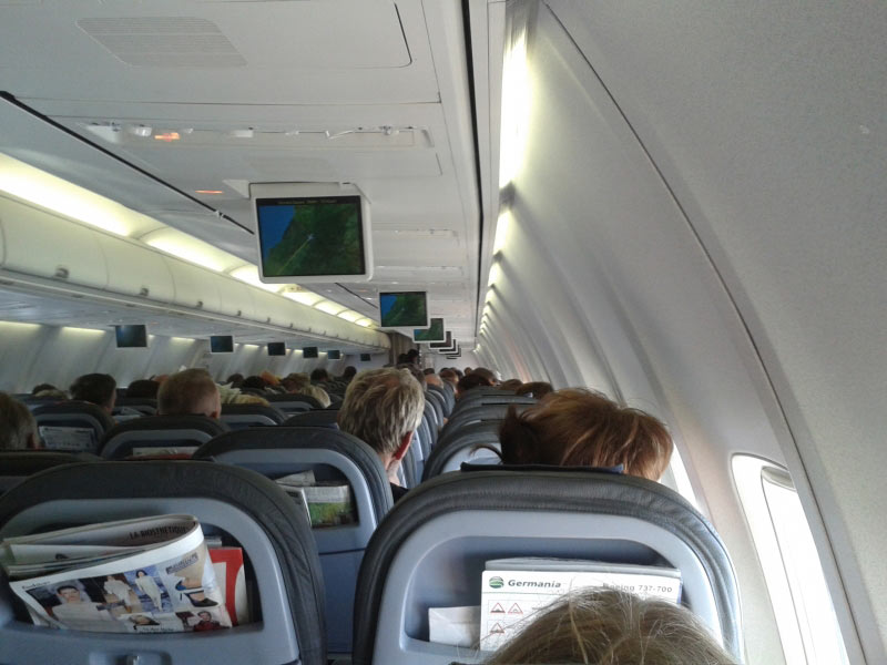 Letzte Sitzreihe, Unterhaltungsprogramm an Bord