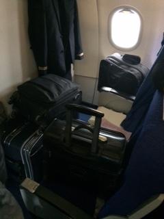 Erste Reihe komplett zugepackt w�hrend Start und Landung !!!