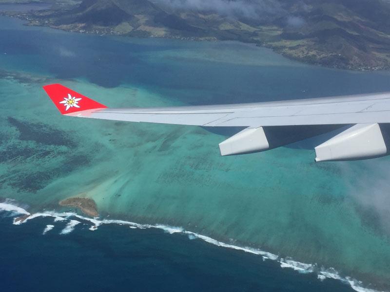 Flug �ber Korallenriefs