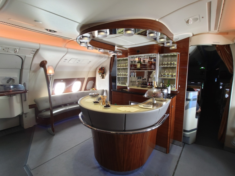 Bar in der Business Class