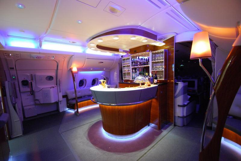 Bar im Oberdeck des A380 f�r die First und Business Class