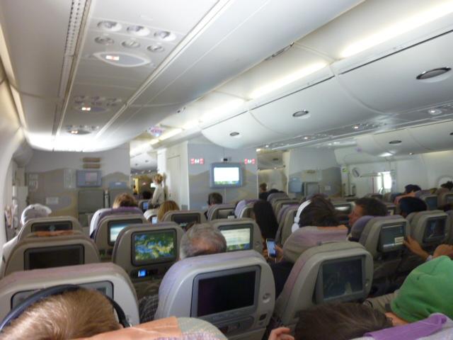 Das innere des Airbus A380-800`s mit der Registration A6-EDJ von Dubai nach M�nchen.